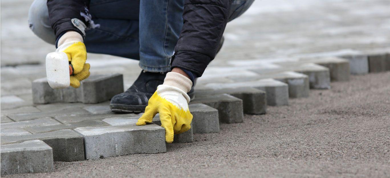 comment choisir le bon entrepreneur en asphalte